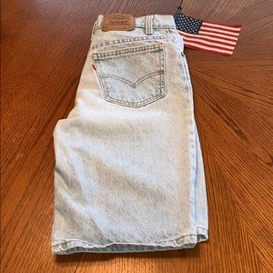 🇺🇸LEVI'S Size 28 Denim SHORTS